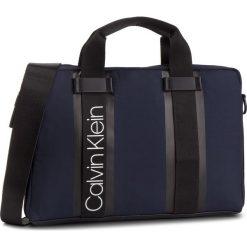 Torba na laptopa CALVIN KLEIN - Clash Laptop Bag K50K504228 461. Niebieskie torby na laptopa damskie Calvin Klein, z materiału. Za 549.00 zł.