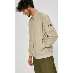 Tommy Jeans - Kurtka bomber. Szare kurtki męskie Tommy Jeans, z bawełny. W wyprzedaży za 359.90 zł.