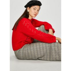 Levi's - Sweter. Brązowe swetry damskie Levi's, z dzianiny, z okrągłym kołnierzem. Za 369.90 zł.
