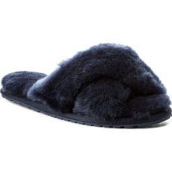 Kapcie EMU AUSTRALIA - Mayberry W11573 Midnight. Niebieskie kapcie damskie Emu Australia, ze skóry. Za 259.00 zł.