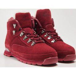 Skórzane buty trekkingowe - Bordowy. Czerwone trekkingi damskie House. Za 189.99 zł.