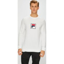 Fila - Bluza. Szare bluzy męskie Fila, z aplikacjami, z bawełny. W wyprzedaży za 239.90 zł.