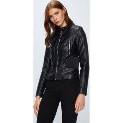Guess Jeans - Kurtka. Czarne kurtki damskie Guess Jeans, z jeansu. Za 639.90 zł.