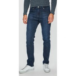 Wrangler - Jeansy Greensboro. Niebieskie jeansy męskie Wrangler. Za 349.90 zł.