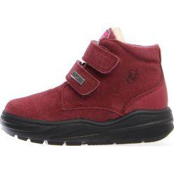 """Botki zimowe """"Kari"""" w kolorze jagodowym. Botki dziewczęce Zimowe obuwie dla dzieci. W wyprzedaży za 215.95 zł."""