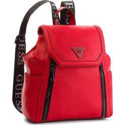 Plecak GUESS - HWVT71 09320 RED. Czerwone plecaki damskie Guess, ze skóry ekologicznej, klasyczne. Za 599.00 zł.