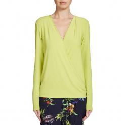 Koszulka w kolorze limonkowym. Zielone bluzki damskie Oui, z kopertowym dekoltem, z długim rękawem. W wyprzedaży za 108.95 zł.