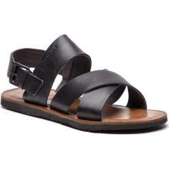 Sandały WOJAS - 5302-51 Czarny. Czarne sandały męskie Wojas, ze skóry. W wyprzedaży za 189.00 zł.