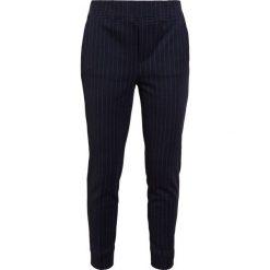 Polo Ralph Lauren Spodnie treningowe aviator navy. Spodnie dresowe damskie Polo Ralph Lauren, z bawełny. Za 839.00 zł.
