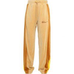 Fenty PUMA by Rihanna TRACK Spodnie treningowe lark/golden brown. Spodnie dresowe damskie Fenty PUMA by Rihanna, z bawełny. Za 759.00 zł.