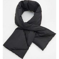 Pikowany szal ReDesign - Czarny. Szare szaliki męskie marki Giacomo Conti, na zimę, z tkaniny. W wyprzedaży za 49.99 zł.