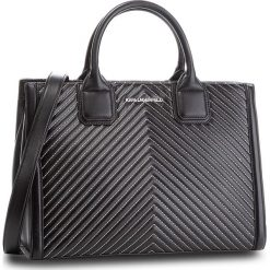 Torebka KARL LAGERFELD - 86KW3019 Black. Czarne torebki do ręki damskie KARL LAGERFELD, ze skóry. W wyprzedaży za 1,259.00 zł.