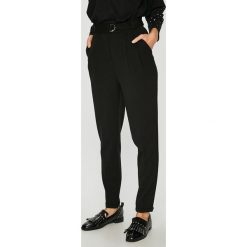 Medicine - Spodnie Vintage Revival. Czarne spodnie materiałowe damskie MEDICINE, z haftami, z elastanu. Za 119.90 zł.