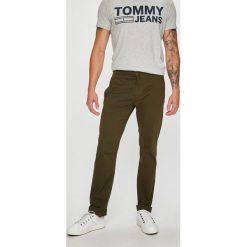 Tommy Jeans - Spodnie. Eleganckie spodnie męskie marki Giacomo Conti. Za 359.90 zł.