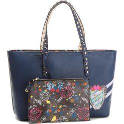 Torebka TRUSSARDI JEANS - Cumino 75B00410 U290. Niebieskie torebki do ręki damskie TRUSSARDI JEANS, z jeansu. W wyprzedaży za 379.00 zł.
