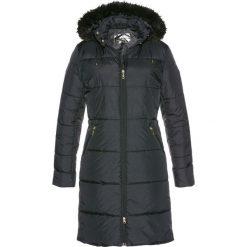 Płaszcz pikowany z kapturem ze sztucznym futerkiem bonprix czarny. Płaszcze damskie marki FOUGANZA. Za 189.99 zł.