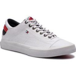 Tenisówki TOMMY HILFIGER - Long Lace Sneaker FM0FM01947 White 100. Białe trampki męskie Tommy Hilfiger, z gumy. Za 349.00 zł.