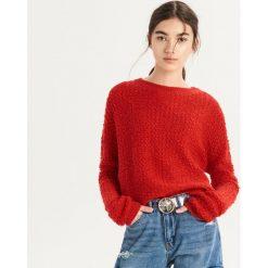 Czerwony sweter - Czerwony. Czerwone swetry damskie Sinsay. Za 59.99 zł.