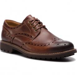 Półbuty CLARKS - Montacute Wing 203517867 Dark Tan Leather. Brązowe półbuty na co dzień męskie Clarks, z materiału. W wyprzedaży za 299.00 zł.