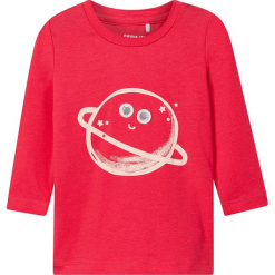 """Koszulka """"Renata"""" w kolorze czerwonym. Czerwone bluzki dla dziewczynek Name it Baby, z aplikacjami, z bawełny, z okrągłym kołnierzem, z długim rękawem. W wyprzedaży za 35.95 zł."""