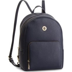 Plecak TOMMY HILFIGER - Th Core Mini Backpack AW0AW06111 413. Niebieskie plecaki damskie Tommy Hilfiger, ze skóry ekologicznej. Za 649.00 zł.