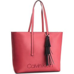 Torebka CALVIN KLEIN - Pop Shopper K60K604470 627. Czerwone torebki shopper damskie Calvin Klein, ze skóry ekologicznej. Za 699.00 zł.