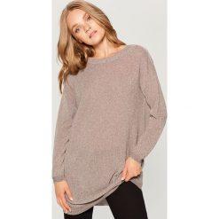 Sweter z wycięciem na plecach - Beżowy. Swetry damskie marki bonprix. W wyprzedaży za 79.99 zł.