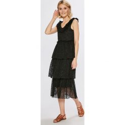 Vero Moda - Sukienka. Szare sukienki damskie Vero Moda, z elastanu, casualowe. W wyprzedaży za 129.90 zł.