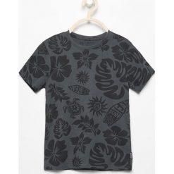 T-shirt z nadrukiem - Szary. Szare t-shirty dla chłopców Reserved, z nadrukiem. Za 24.99 zł.