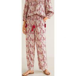 Mango - Spodnie Malibu. Różowe spodnie materiałowe damskie Mango, z materiału. Za 139.90 zł.