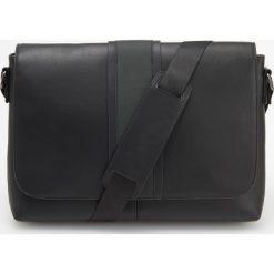 Torba na ramię - Czarny. Czarne torby na ramię męskie Reserved. Za 129.99 zł.
