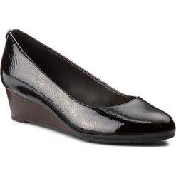 Półbuty CLARKS - Vendra Bloom 261328664 Black Patent Leather. Czarne półbuty damskie Clarks, z lakierowanej skóry. W wyprzedaży za 219.00 zł.
