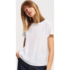 T-shirt basic - Biały. Białe t-shirty damskie Reserved. Za 29.99 zł.