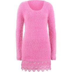 Długi sweter z koronką, długi rękaw bonprix lila - różowy. Czerwone swetry damskie bonprix, z koronki. Za 129.99 zł.