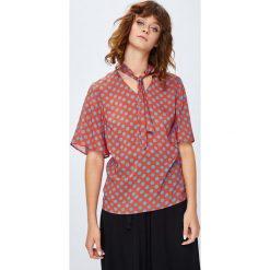 Medicine - Koszula Secret Garden. Różowe koszule damskie MEDICINE, z tkaniny, casualowe, z krótkim rękawem. W wyprzedaży za 49.90 zł.