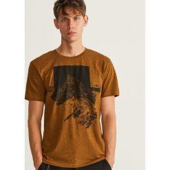 T-shirt z nadrukiem - Żółty. T-shirty męskie marki Giacomo Conti. W wyprzedaży za 29.99 zł.