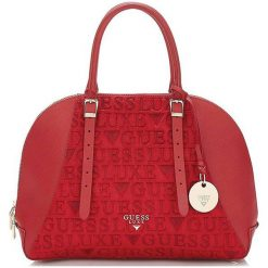 Guess Torebka Damska Czerwony. Czerwone torebki do ręki damskie Guess, z aplikacjami. Za 1,069.00 zł.