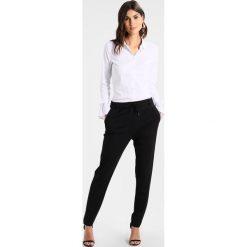 Comma Spodnie treningowe black. Spodnie dresowe damskie comma, z dresówki. Za 379.00 zł.