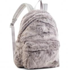 Plecak EASTPAK - Padded Pak'r EK620 Grey Fur 11U. Plecaki damskie marki QUECHUA. W wyprzedaży za 289.00 zł.