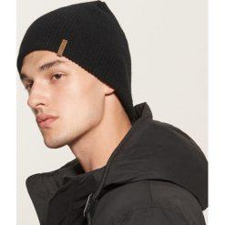 Czapka - Czarny. Szare czapki i kapelusze męskie marki Giacomo Conti, na zimę, z tkaniny. Za 25.99 zł.