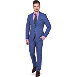 Garnitur Niebieski Arizona. Niebieskie garnitury męskie LANCERTO, z bawełny. W wyprzedaży za 499.90 zł.