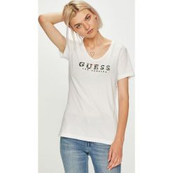 Guess Jeans - Top. Szare topy damskie Guess Jeans, z aplikacjami, z bawełny, z krótkim rękawem. W wyprzedaży za 149.90 zł.