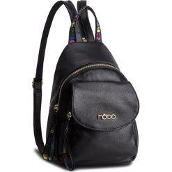 Plecak NOBO - NBAG-F0400-C020 Czarny. Czarne plecaki damskie Nobo, ze skóry ekologicznej, klasyczne. W wyprzedaży za 179.00 zł.
