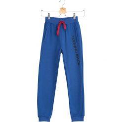 Niebieskie Spodnie Dresowe Quiet Storm. Niebieskie spodnie sportowe dla chłopców Born2be, z dresówki. Za 29.99 zł.