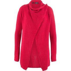 Sweter rozpinany w strukturalny wzór bonprix czerwony. Czerwone kardigany damskie bonprix. Za 99.99 zł.