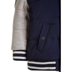 Polo Ralph Lauren VARSITY OUTERWEAR Kurtka zimowa french navy. Kurtki i płaszcze dla chłopców Polo Ralph Lauren, na zimę, z elastanu. W wyprzedaży za 456.75 zł.