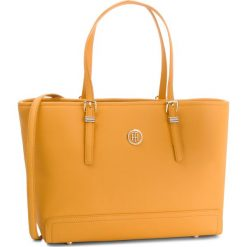 Torebka TOMMY HILFIGER - Honey Med Tote AW0AW05831  723. Żółte torebki do ręki damskie Tommy Hilfiger, ze skóry ekologicznej. Za 649.00 zł.
