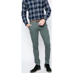 Only & Sons - Spodnie. Szare eleganckie spodnie męskie Only & Sons, z bawełny. W wyprzedaży za 99.90 zł.