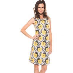 Trapezowa sukienka bez rękawów BIALCON. Czarne sukienki damskie BIALCON, w kwiaty, wizytowe, bez rękawów. W wyprzedaży za 163.00 zł.