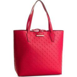 Torebka GUESS - HWEM64 22250  RRD. Czerwone torebki do ręki damskie Guess, ze skóry ekologicznej. W wyprzedaży za 449.00 zł.